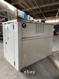 G161568 Uline H-959 Semi Automatic Poly Strapping Machine
