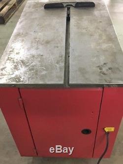 Samuel Model P-725 Box Strapping Machine