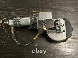 Signode 3/4To 1 1/4 PNEUMATIC COMBO STEEL STRAPPING MACHINE. Has 3/4 Jaw