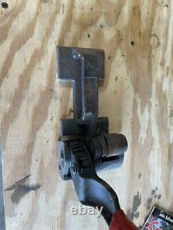 Steel banding tool
