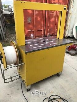 Strapack RQ-8 Strapping Machine
