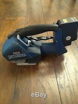 Used, Polychem B800 Plastic Strapping Tool, Shipping Tool, 2 batteries & charger